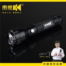 南慷铝合金定焦家用强光手电NK-225
