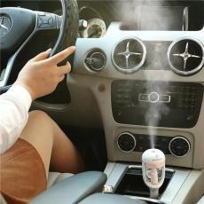 汽车空气净化器 车载香薰机 加湿器