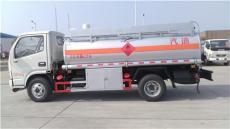 厂家生产东风多利卡油罐车 7吨加油车厂家