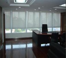 广州体育中心办公室卷帘窗帘 铝百叶窗帘