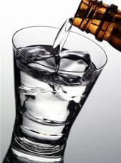安徽八宝春 驰名散白酒品牌