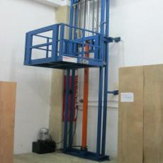 SJD型导轨式液压升降平台