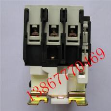 220V交流接触器CJX2-40004