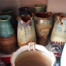 现代装饰陶艺罐